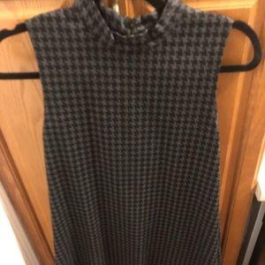 Dresses & Skirts - Grey and black mock neck houndstooth dress